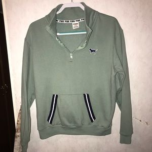Women's light green pullover